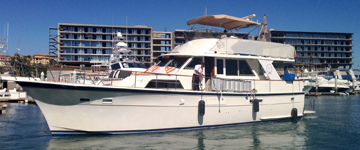 62' Hatteras Classic Yacht, Yacht Charters, Boat Rentals, Seattle